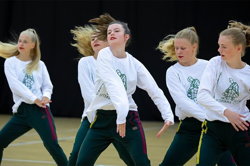 Vi søger: En dansende gymnastiklærer